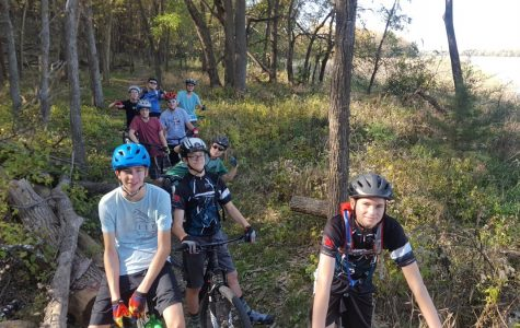 Millard West Cycling dominates Districts