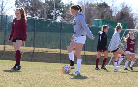 Girls Soccer Prepares For a Long Season