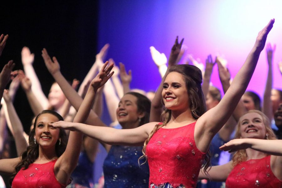 Show Choir Competition
