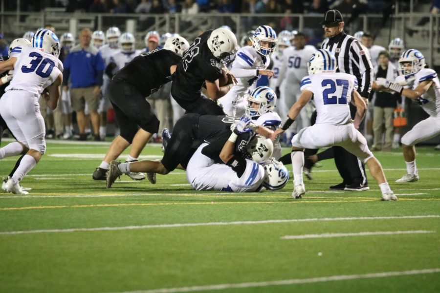 Wildcats Pull Away Late to Move on in the Playoffs