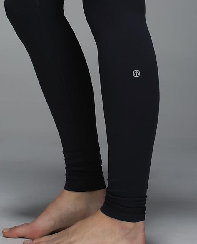 A+pair+of+Lu+Lu+Lemon+leggings+and+the+logo.