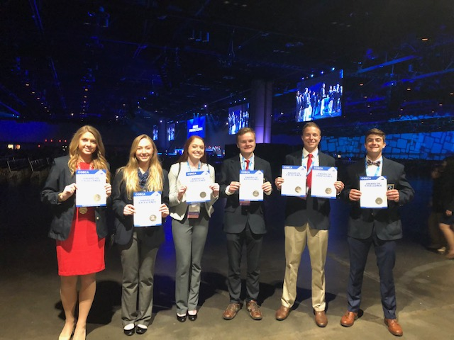 DECA+members+received+awards+for+being+top+20%25+in+the+world+at+the+Orange+County+Convention+Center+in+Orlando%2C+FL.