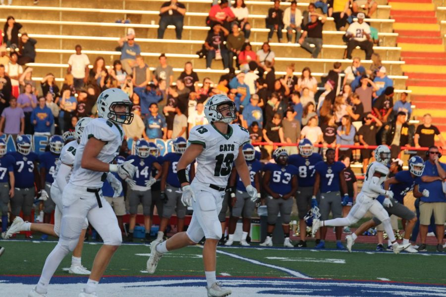 Junior tight end James Conway getting ready to receive the ball.