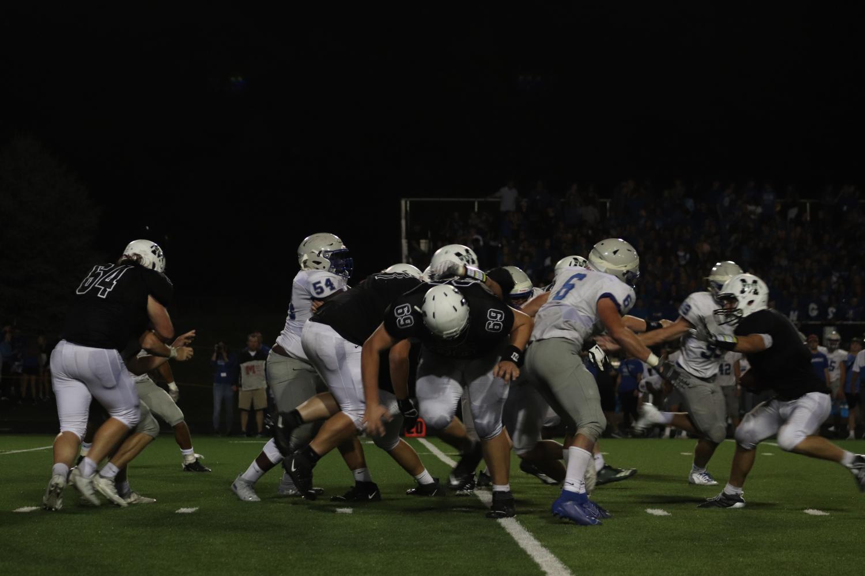 Senior+offensive+lineman+Noah+Klein+in+between+the+action
