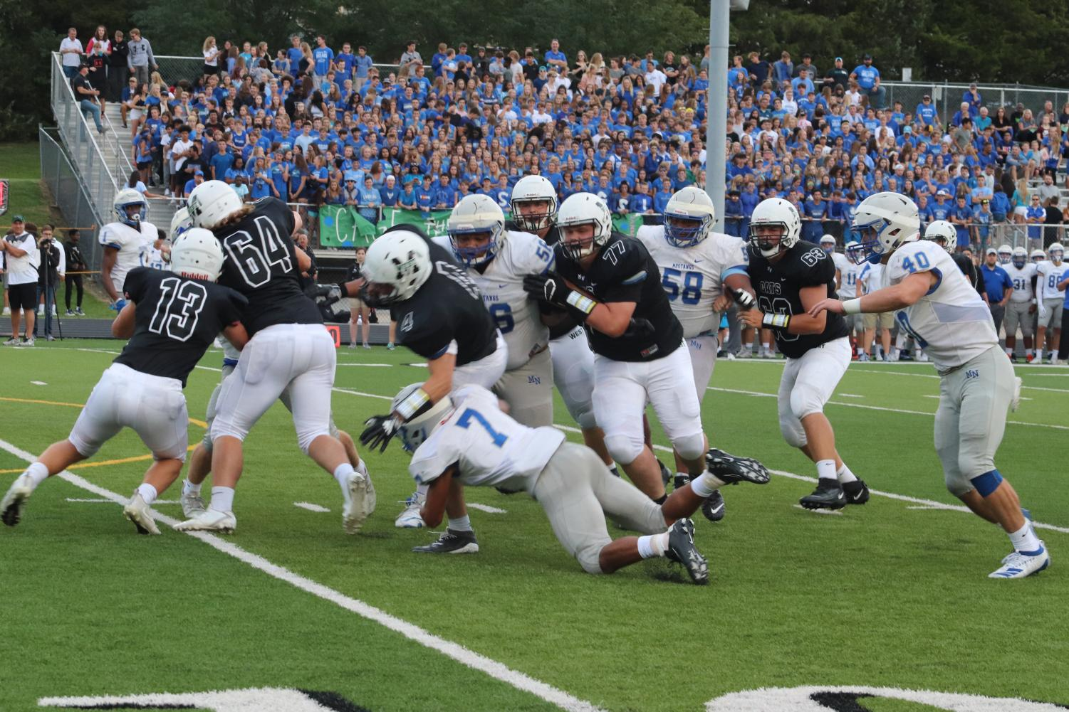 Players+getting+tackled
