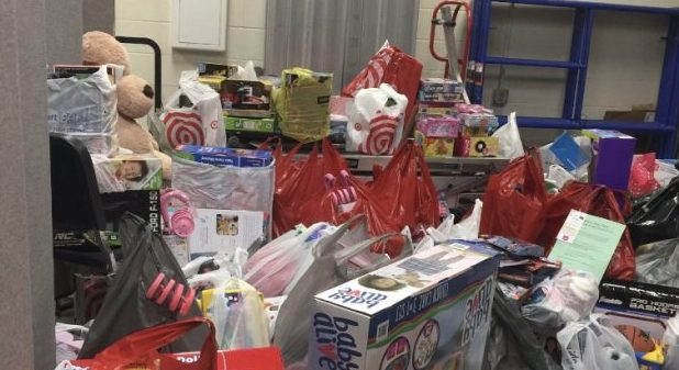 The+student+Council+brought+together+the+gifts+for+the+families+they+are+helping+out.+