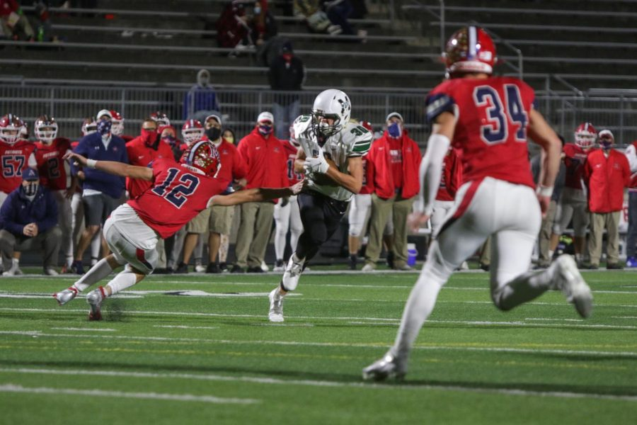 In round two of the NSAA State Playoffs, junior Jackson Cahoy returned a kick for 16 yards.