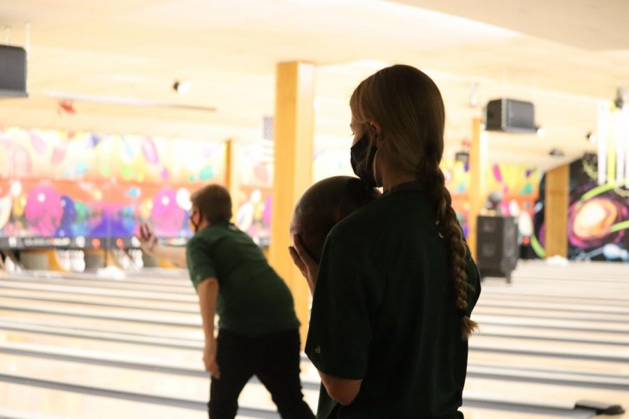 The Millard West Unified Bowling team put up a great performance in their tournament in Norfolk. They were able to obtain a third and sixth place finish. They have big hopes for the rest of the season and what can come for the team.