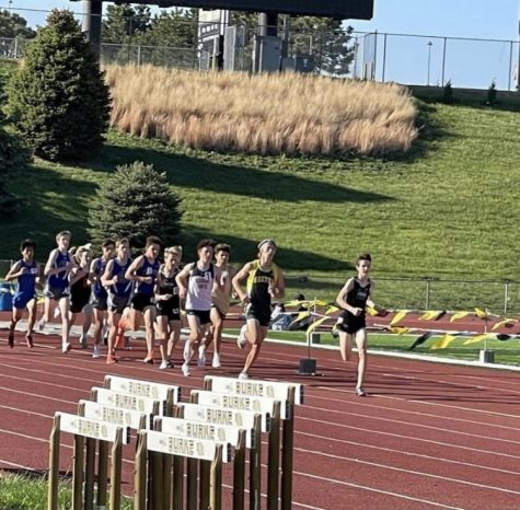 """With a subtle first lap, sophomore Jack Witte is in first at the Metro track meet. In this meet, some of the best runners compete for a spot at districts but for Witte, he breaks a record. """"I just ran my race and it ended up being a fast time,"""" Witte said. """"I knew what the record was and I went for it."""""""