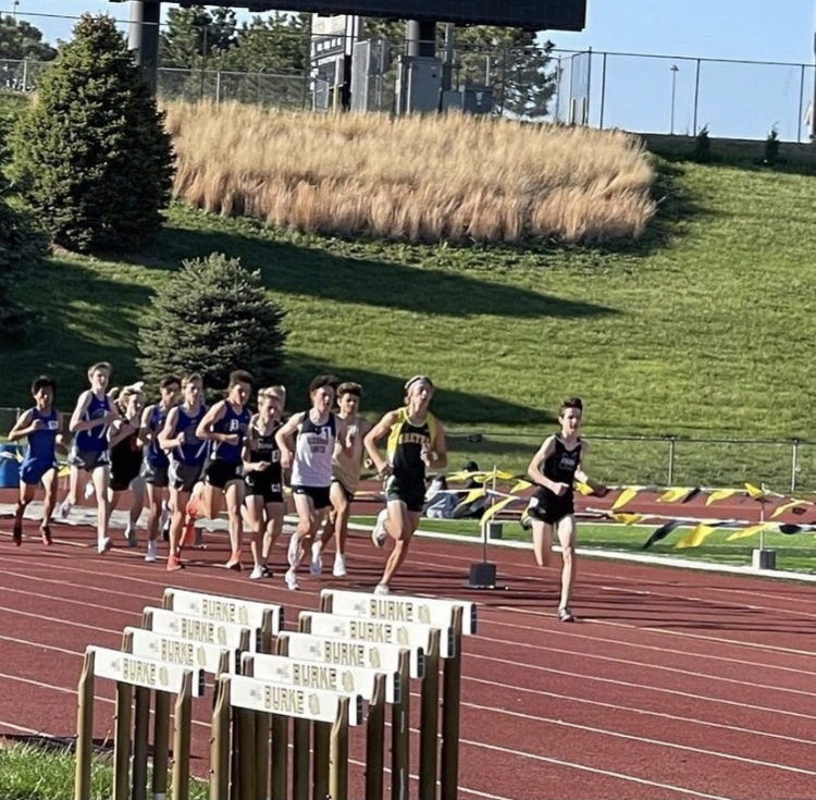 With+a+subtle+first+lap%2C+sophomore+Jack+Witte+is+in+first+at+the+Metro+track+meet.+In+this+meet%2C+some+of+the+best+runners+compete+for+a+spot+at+districts+but+for+Witte%2C+he+breaks+a+record.+%E2%80%9CI+just+ran+my+race+and+it+ended+up+being+a+fast+time%2C%E2%80%9D+Witte+said.+%E2%80%9CI+knew+what+the+record+was+and+I+went+for+it.%E2%80%9D