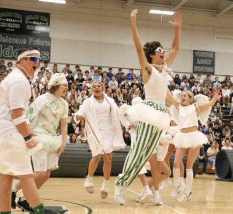 The new Millard West Crazies introducing themselves.